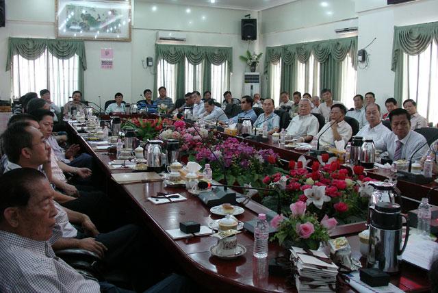 缅甸华商商会就申办2017年第14届世界华商大会事宜专题会议现场
