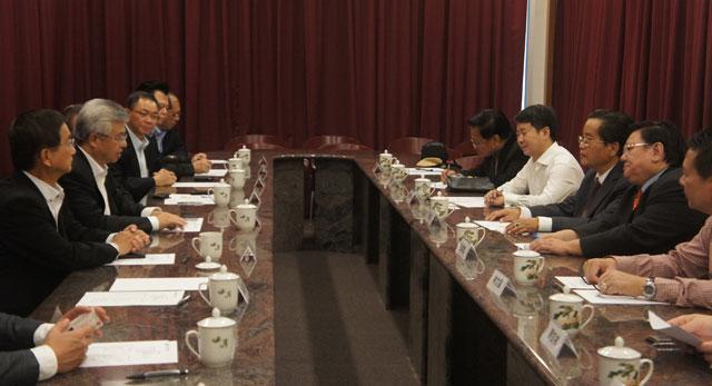 缅甸华商商会专访新加坡中华总商会 亲切座谈深入交流