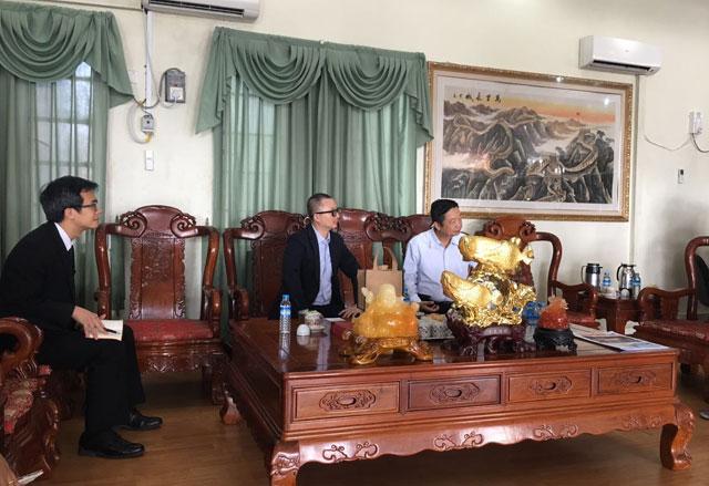 缅甸中华总商会与香港贸易发展局代表团举行座谈