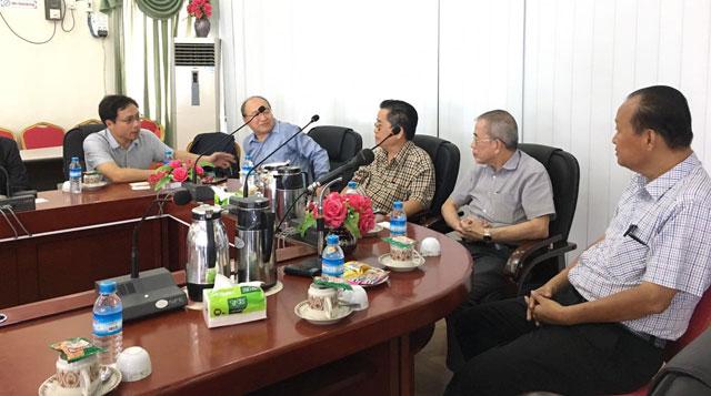 中国银行(香港)代表团到访缅甸中华总商会