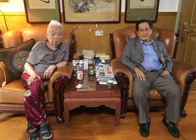 吴继垣会长在北京看望前中国领导人王汉斌、彭佩云夫妇