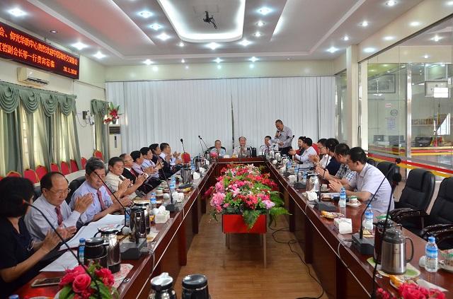 缅甸中华总商会和仰光华助中心欢迎中国海外交流协会代表团到访