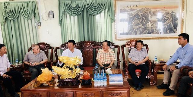 日本丰田公司(自动车本部)代表团拜访缅甸中华总商会