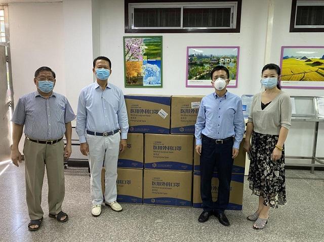 中国驻缅甸大使馆向缅甸中华总商会捐赠防疫物资